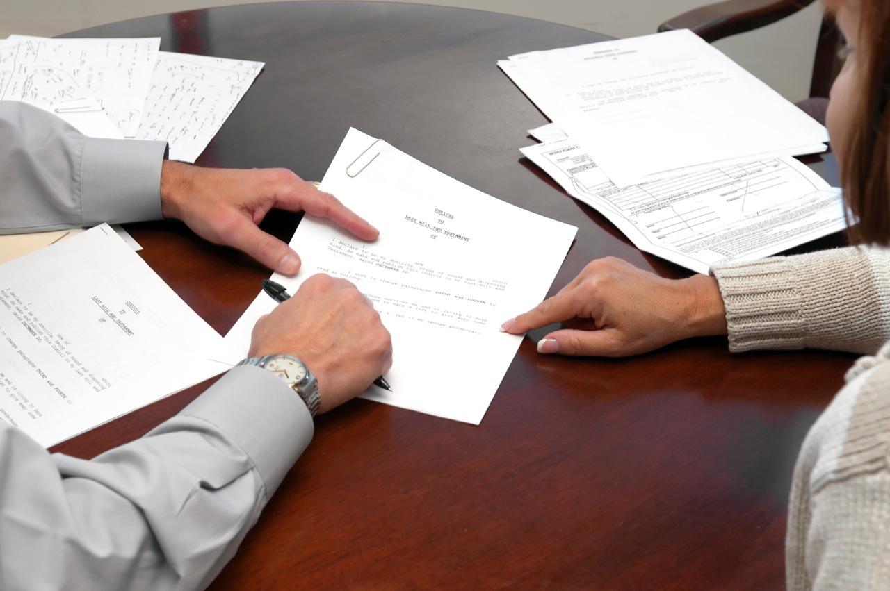 Различия исполнительного листа от судебного приказа