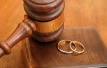 Как расторгнуть брак с умершим супругом?
